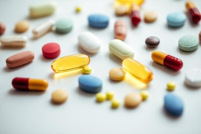 """藥物、保健品、保健產品與""""三高""""症"""